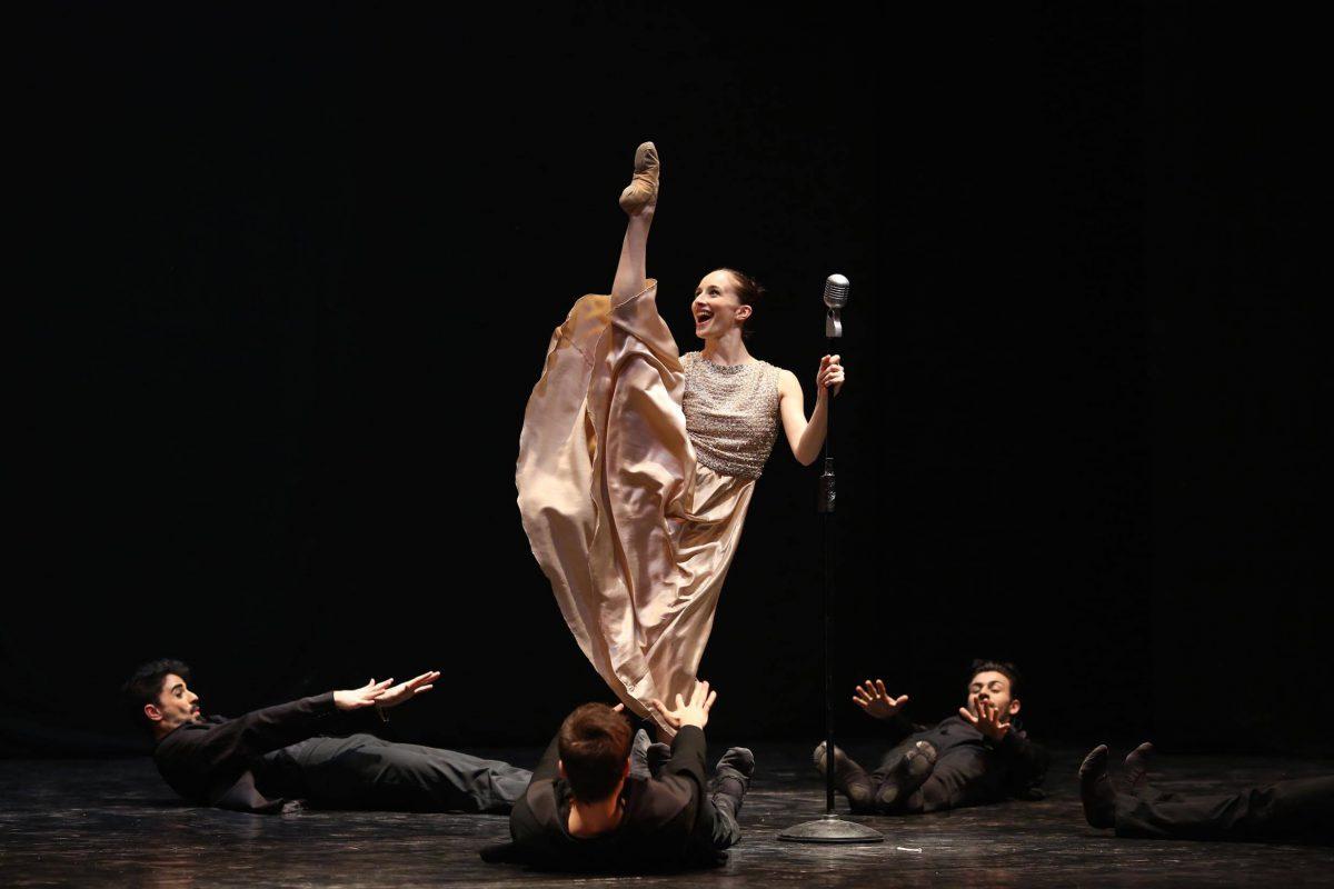 """""""La vie en rose… Boléro"""" del Balletto di Milano"""