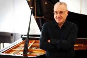 Michele Campanella e I Solisti Aquilani  in concerto per la Riccitelli